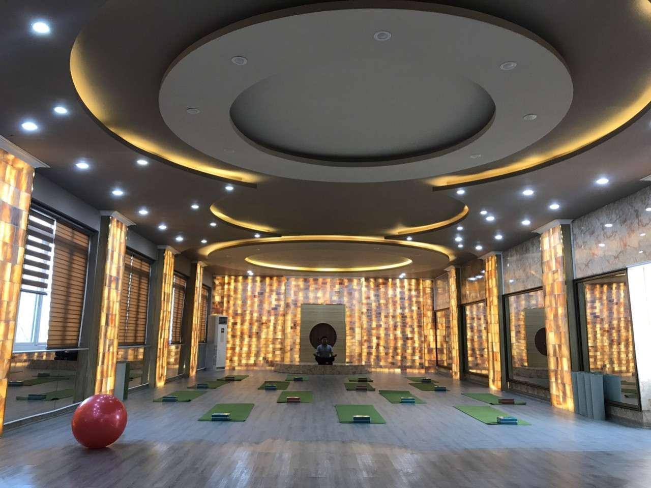 Vẻ đẹp huyền bí với phòng xông hơi Yoga đá muối Xanh Club Thanh hóa