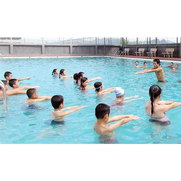 Mẫu thiết kế bể bơi kinh doanh